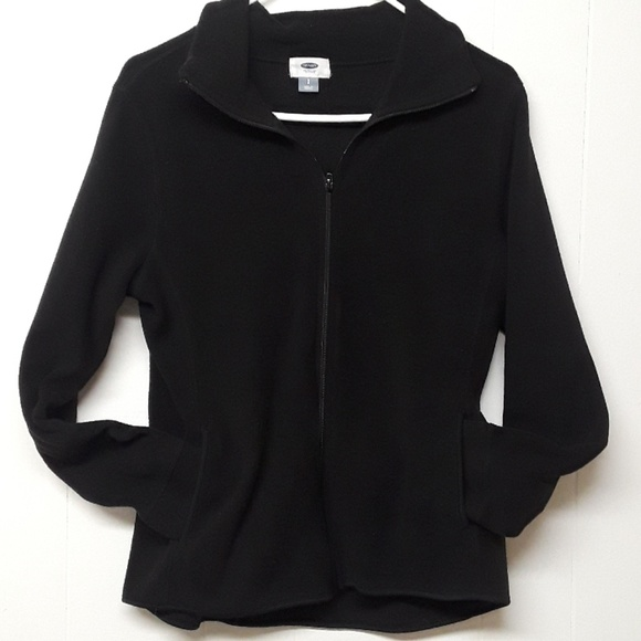 Black and white fleece jacket